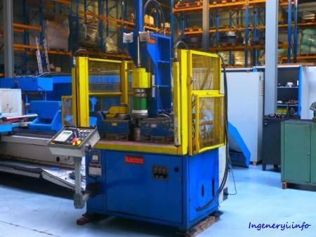 Обрезной кромкозагибочный станок LUCAS VBU 400 Siemens SIMATIC
