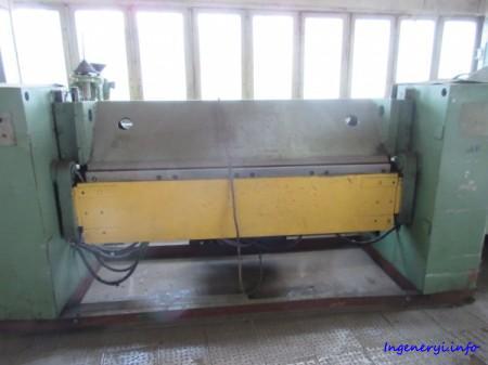 Листогибочный станок с поворотной балкой ЛГМ 5,0х2,0