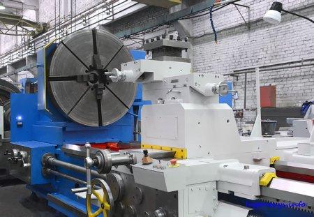Сдан тяжёлый токарный станок РТ317